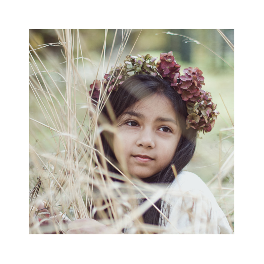 09-Girl-with-Flowers-in-Hair-in-Grass-Derby