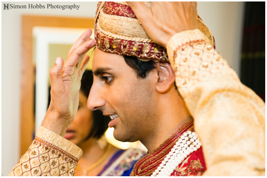 05-Hindu-Groom-Preparing-Nottingham-Wedding