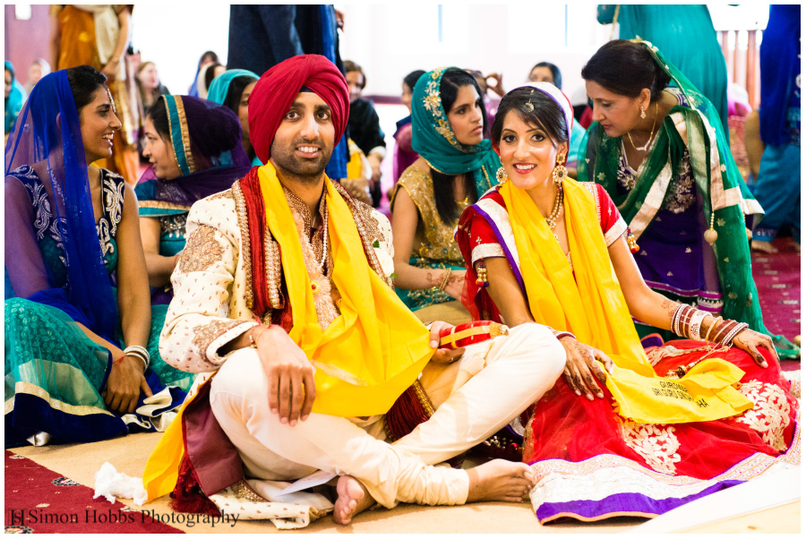 10-Wedding-Couple-Derby-Sikh-Temple